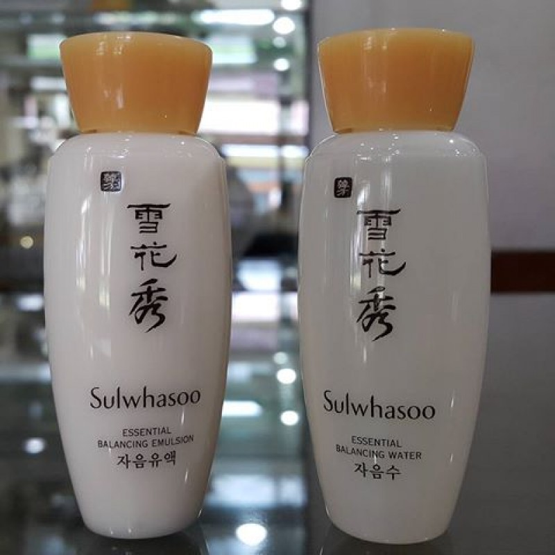 Sulwhasoo DUAL ESSENTIAL BALANCING WATER AND EMULSION 15ml